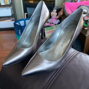 Marc Fisher Ladies Silver Pointed Toe Stilettos 7M